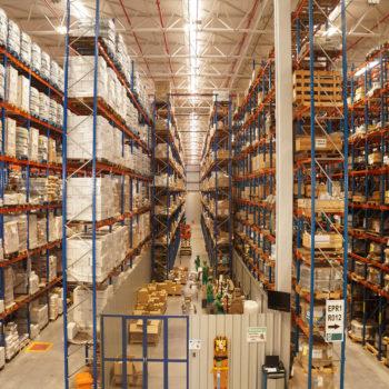 Warehouse-Managemant-06